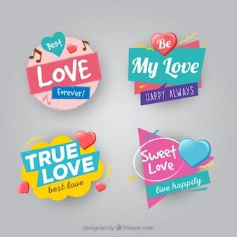 Set de cuatro insignias de amor geométricas