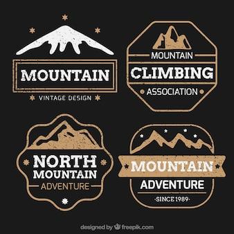 Set de etiquetas de club de montañismo