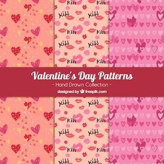 Set de patrones con elementos de san valentín dibujados a mano