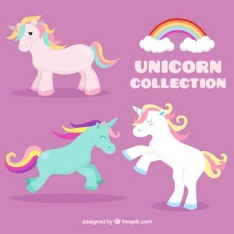 Set de simpáticos unicornios de colores