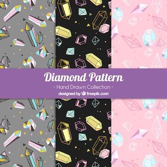 Set de tres patrones de diamantes dibujados a mano