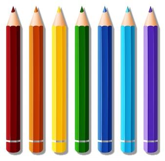 Siete lápices de colores sobre fondo blanco