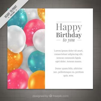 Tarjeta de cumpleaños con globos bonitos