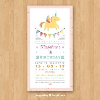 Tarjeta de cumpleaños con un unicornio amarillo
