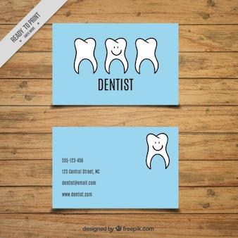 Tarjeta de dentista con simpáticos dientes