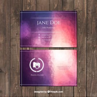Tarjeta de negocios abstracta violeta elegante de fotografía