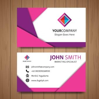 Tarjeta de negocios rosa con formas geométricas