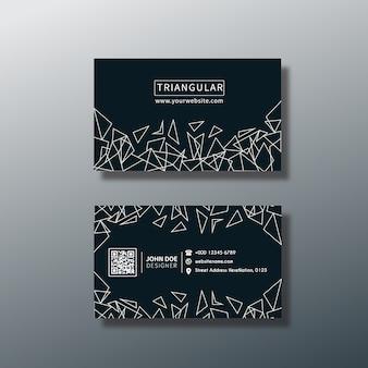 Tarjeta de presentación con diseño triangular