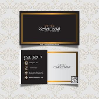 Tarjeta de presentación negra y dorada