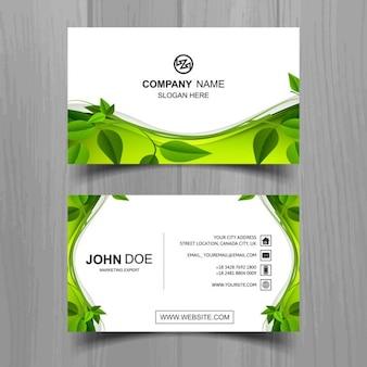 tarjeta de visita ecológica con hojas
