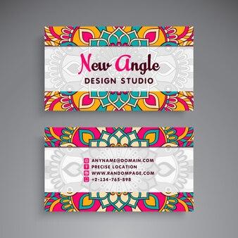 Tarjeta de visita estilo de mandala para estudio de diseño