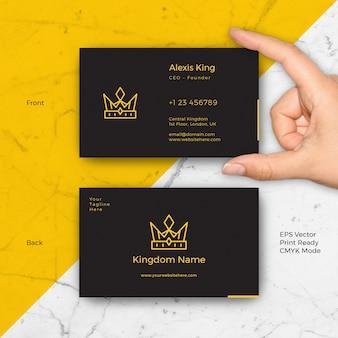 Tarjeta de visita negra de lujo del rey
