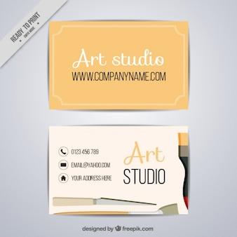 Tarjeta sencilla de estudio de arte con pinceles
