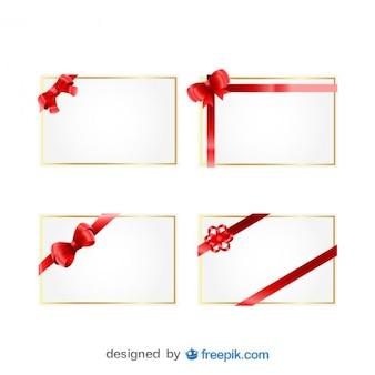 Tarjetas de regalo de Navidad con cintas rojas