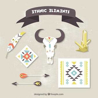 Varios elementos étnicos en diseño plano