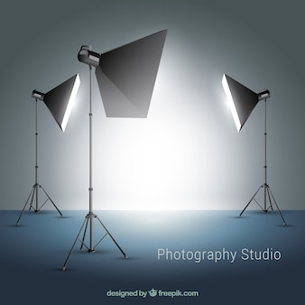 Varios focos para estudio de fotografía