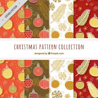 Varios patrones de navidad con elementos dibujados a mano
