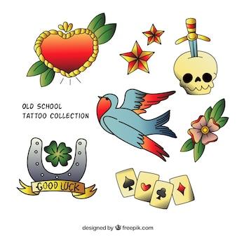 Varios tatuajes de colores dibujados a mano