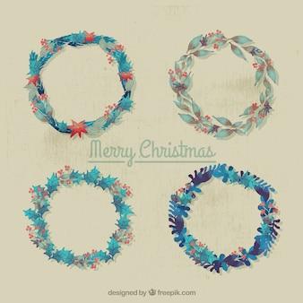 Auswahl von vier Jahrgang Kränze für Weihnachten