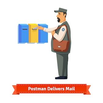 Briefträger liefert Brief an einen bunten Briefkasten