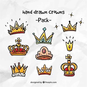Bunte Hand gezeichnete Kronen Pack