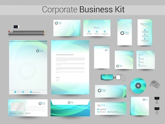 Corporate Identity Kit mit abstrakten welligen Streifen.