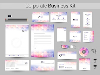 Creative Corporate Identity oder Business Kit.