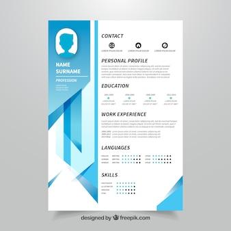 Curriculum-Vorlage mit geometrischem Design