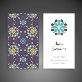 Floral Visitenkarte in ethnischen Stil