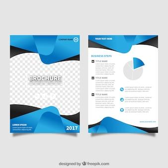 Flyer Vorlage mit blauen abstrakten Formen