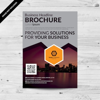 Graue Business-Broschüre mit lila Details