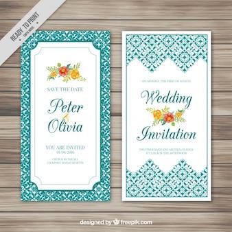 Hochzeitskarte mit Blumen und Ornamenten