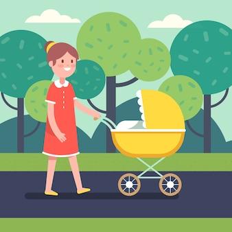 Lächelnde Mutter mit ihrem Babykind im Kinderwagen