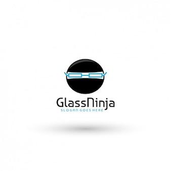 Ninja mit Brille Logo-Vorlage