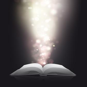 Offenes Buch mit glänzendem hellem Hintergrund