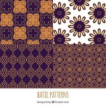 Packung mit geometrischen Batik Blumenmuster