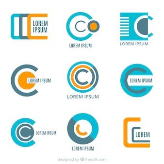 Packung von abstrakten Logos in flachem Design