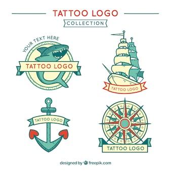 Packung von Hand gezeichneten Marine Tattoos Logos