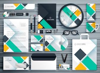 Professionelle Business-Briefpapier Vorlage Vektor-Design