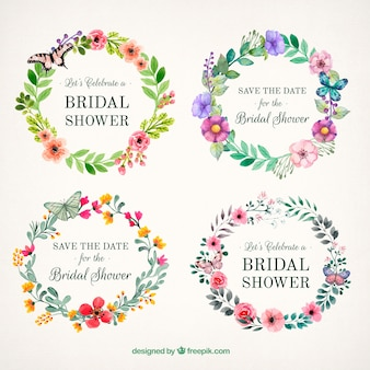 Schöne florale Rahmen mit Schmetterlingen