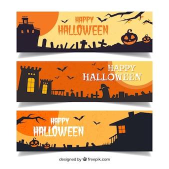 Set von Halloween-Bannern mit dunklen Landschaften