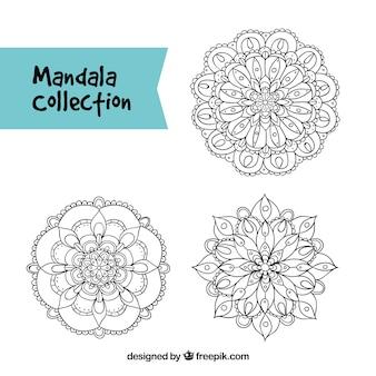 Set von handgezeichneten Mandalas