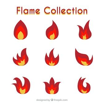 Set von neun Flammen mit drei Farben