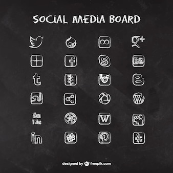 Social Media Icons auf Tafel