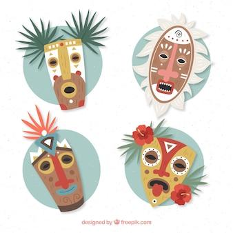 Tribal Tiki Masken mit flachem Design