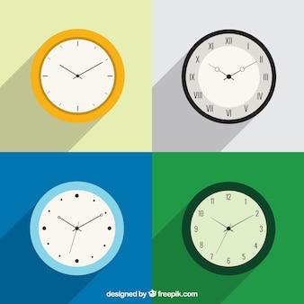 Vielzahl von Uhren