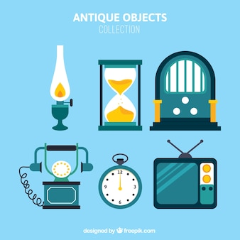 Vintage-Objekte packen in flaches Design