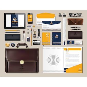 Artigos de papelaria de negócios com design amarelo