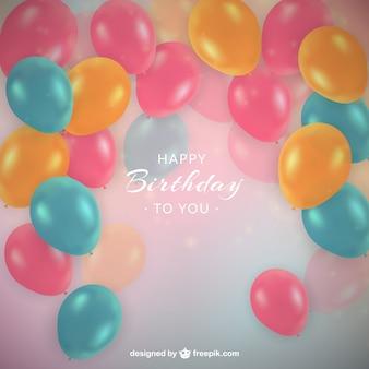 Balões coloridos amarelo aniversário no estilo realista