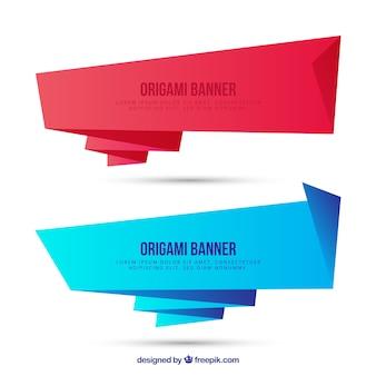 Bandeiras azuis do origami vermelho e